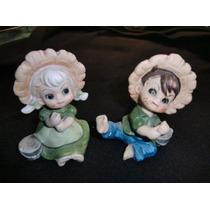 Pareja Niños En Porcelana Pintada A Mano
