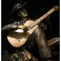 Escultura En Bronce De Pedro Infante