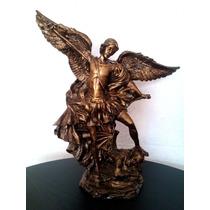 Arcangel San Miguel Resina Dorado Antiguo Un Bello Regalo