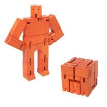 Juguete Decorativo De Madera Micro Naranja Cubebot