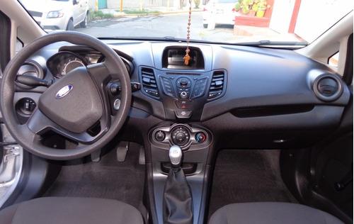 Ford Fiesta 4p S 5vel 1.6l