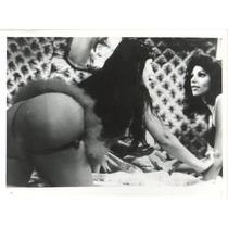 Fotografía De Lyn May De La Película Cuentos Colorados 1980