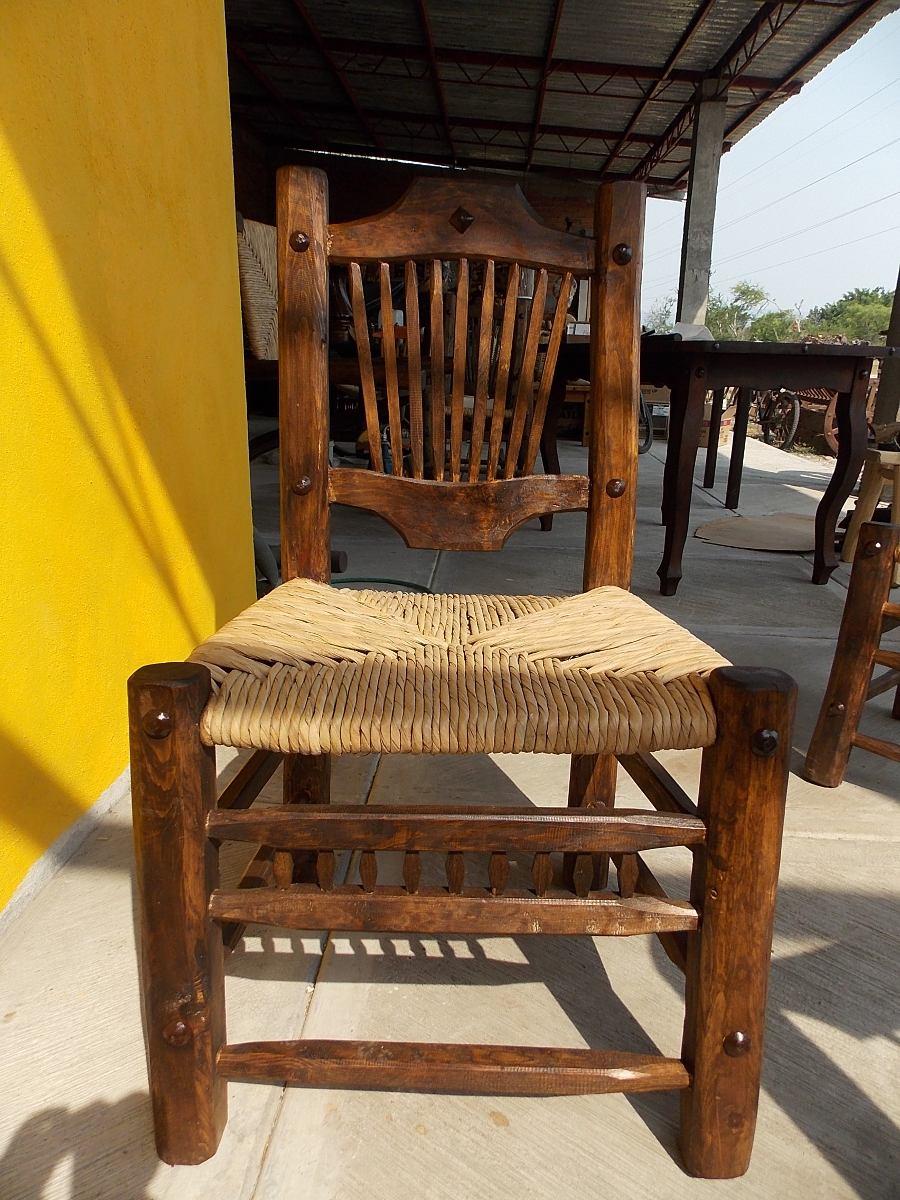 Hermosa silla artesanal de madera estilo antiguo la mejor for Mejor decapante para madera