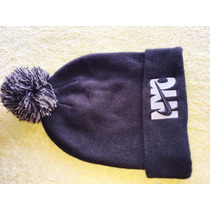 Gorro Nike New York City Color Gris Rata Talla Adulto