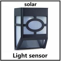 Lampara Solar Exterior Sensor De Luz Para Patio O Jardin