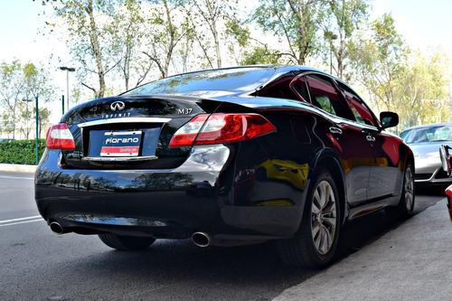 Infiniti M37 Premium 2012