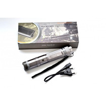 Stun Gun Taser Lámpara Profesional 40mv En Color Plata Cromo
