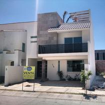 Casa Sola En Residencial Punta Del Este, Venta De Casa Nueva Dentro De Punta Del Este Leon Gto,