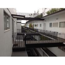 Apartamento De Dos Recámaras, Dos Baños Y Dos Cocheras