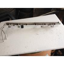 Riel De Inyectores Bmw Serie 3 Modelo 2003 #1 433 022 13.53