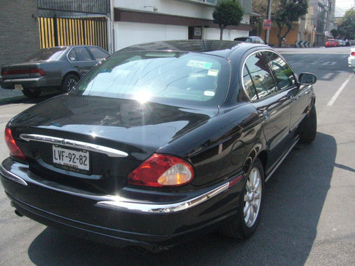 Jaguar X-type 2002 $89,500 Socio Anca