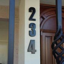 Números Residenciales De Aluminio (modelo Hattens)