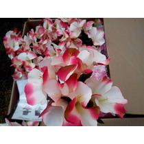Flores Artificiales Finas En Ramo