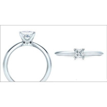 Anillo Con Diamante Cultivado Princess De .30 Ct.