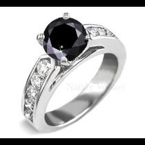 Anillo De Compromiso Con Diamante Negro .33ct En Oro 18k