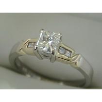 Anillo De Compromiso 18kt Con Diamantes Naturales .73ct