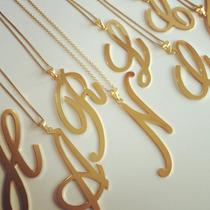 Iniciales De Dijes Con Cadena. Collar Letras. Oro Laminado.