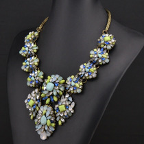 Collar Cristales Azul, Plata, Celeste Turquesa Flores Chic