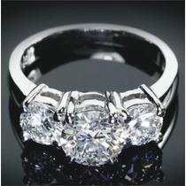 Anillo Con 3 Diamantes Cultivados Corte Redondo De 1.00 Cts.