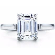 Anillo De Compromiso Con Diamante Corte Esmeralda Y Oro 14k.
