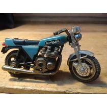 Antigua Moto Kawasaki