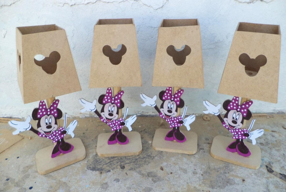 Sencillas bolsas de caramelos de cumpleaños con princesas