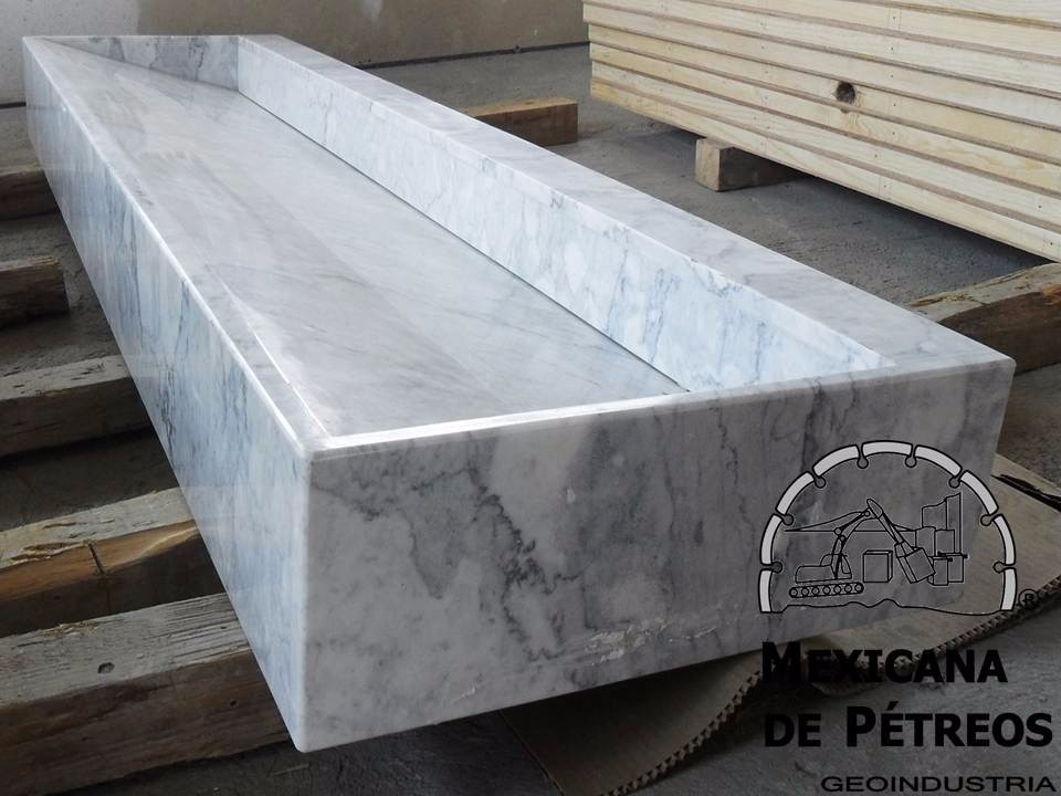 Baños Modernos De Marmol:lavabo-minimalista-de-marmol-blanco-veneciano-para-bano-580501