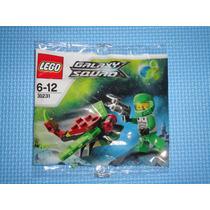Lego Galaxy Squad #30230 Mini Mech Y #30231 Space Insectoid