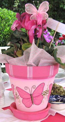 Plantas y macetas on pinterest painted flower pots - Macetas para centros de mesa ...