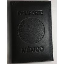 Porta Pasaporte De Piel Color Negro Con Grabado