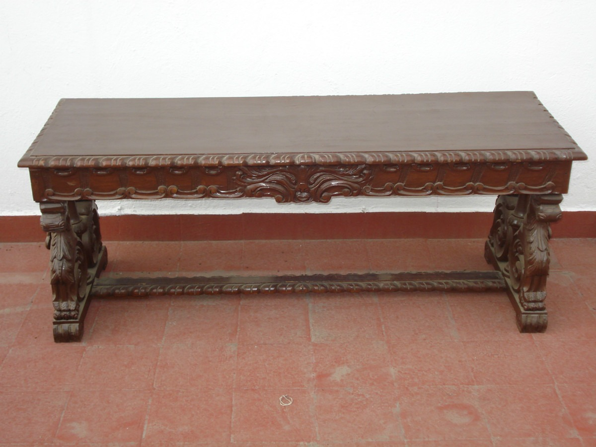 Mesa living antigua clasf mesas recibidor antiguas for Mesa madera antigua