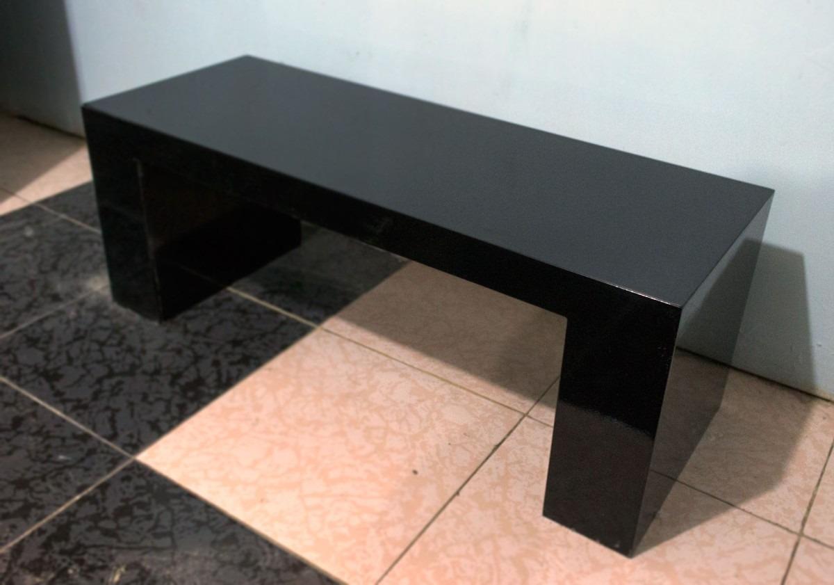 Mesa de centro diseo minimalista nuestromercado red de for Mesa diseno