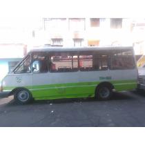 Microbus Con Placas De Servicio Publico