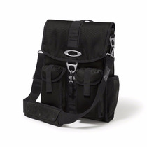 Oakley Mens Dry Goods Vertical Messenger Bag