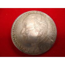 Medalla Del Papa Juan Pablo, Falsa