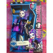 Monster High Catrine Demew Serie Sustos