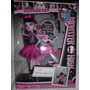 Monster High Draculaura Picture Day $690.mn4