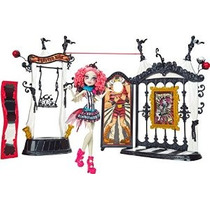 Monster High Freak Du Chic Circo Scaregrounds Y Rochelle Goy