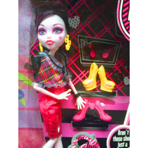 Monster High Muneca Draculaura Con Zapatos