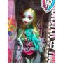 Monster High Muneca Lagoona Blue De Serie Sustos Camara Acci