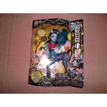 Monster High Freaky Fusion Avea Trotter Bonita Femur Von Boo