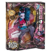 Monster High Avea Trotter Draculaura Frankie Stein Twyla