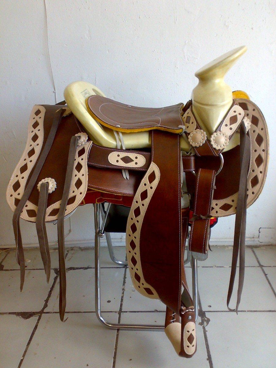 Montura charra o silla de montar env o gratis 4 950 for Sillas para montar