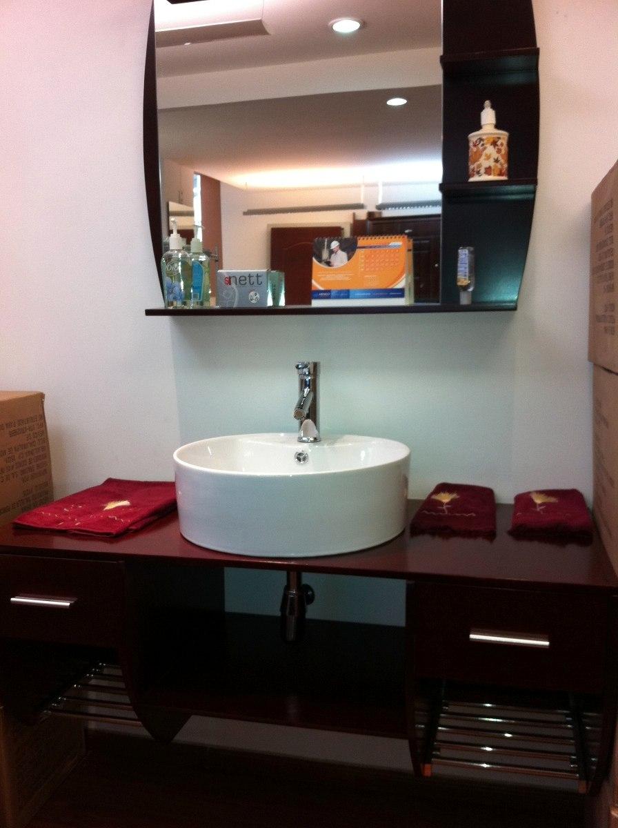 Mueble en madera con ovalin espejo y llave 4 for Mueble para zapatos con espejo
