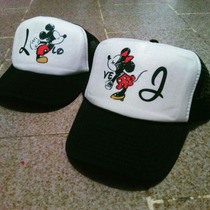 Gorras Para Novios Personalizadas, Modelo Mickeys Besandose