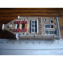 Miniatura Casita Queseria Europea Con Iman Casa De Muñecas