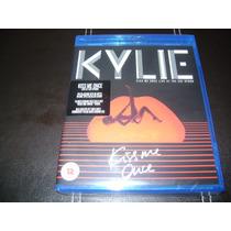 Kylie Minogue Kiss Me Once Live ( Bluray + 2 Cd 2015)