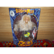 Ozzy Osbourne Black Sabbath Figura 45cm Bark At The Moon