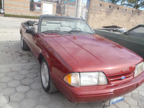 Mustang 1992 Convertible, 4 Cilindros, Automàtico.