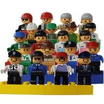 Un Conjunto De 20 Familiar Y Comunitaria Figuras Duplo Compa